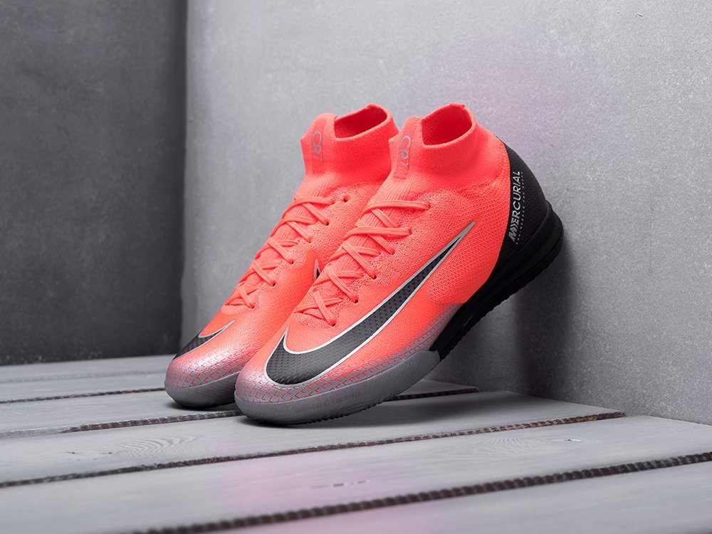 Футбольная обувь Nike Mercurial Superfly VI Elite CR7 IC